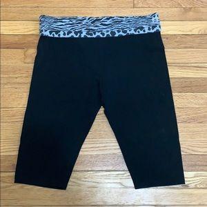 Victoria's Secret crop yoga pants